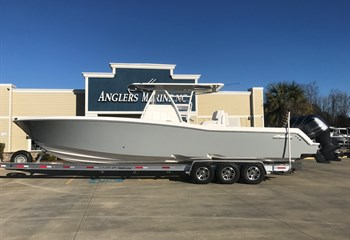 2020 Invincible 36 Whisper Grey (ON ORDER) Boat