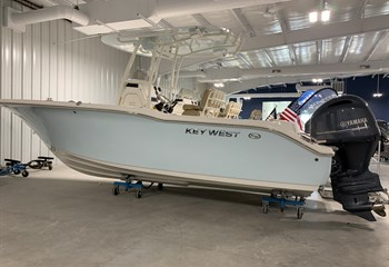 2020 Key West 244 Ice Blue  Boat