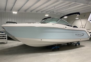 2020 Robalo R227 Ice Blue/White #L0125 Boat